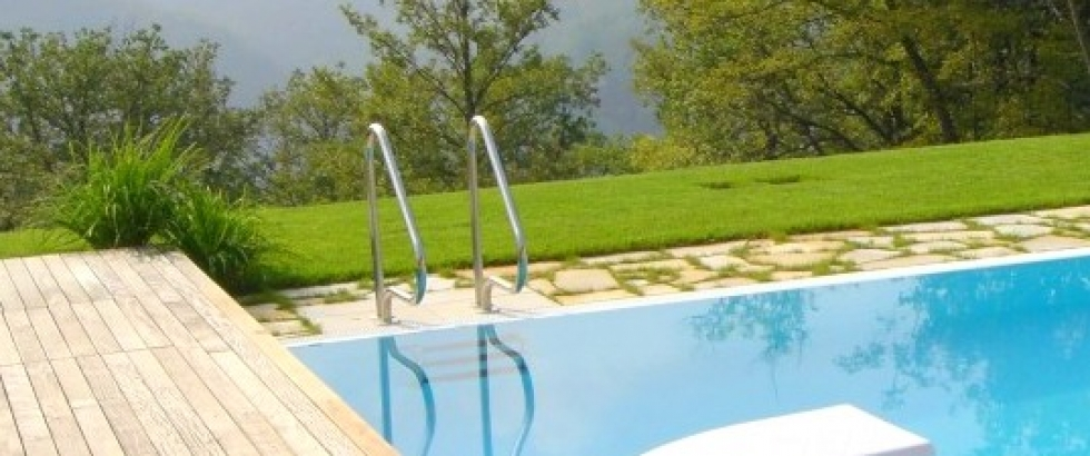Scaletta scala di risalita per piscina rambouillet in for Rambouillet piscine